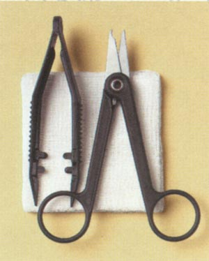 BUSSE SUTURE REMOVAL KIT, CLASSIC